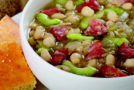 HEARTY HAM & NAVY BEAN SOUP